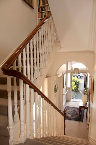 Beautiful city Victorian house - Ranelagh - Bed & Breakfast