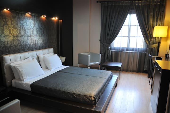 Luxury & Cosy Room at MonarC