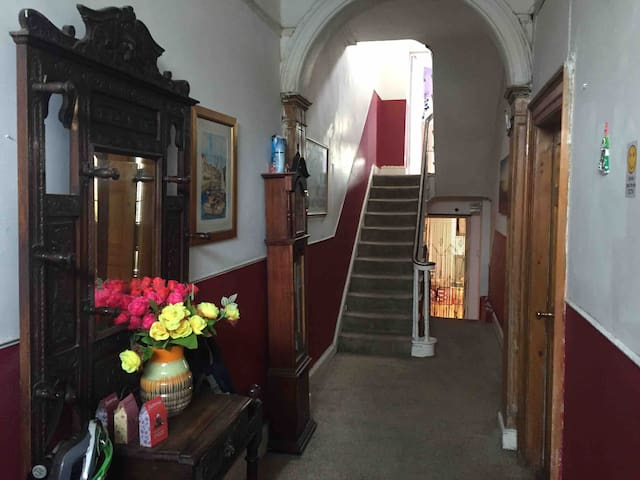 Room in charming  Victorian  residence Dublin City