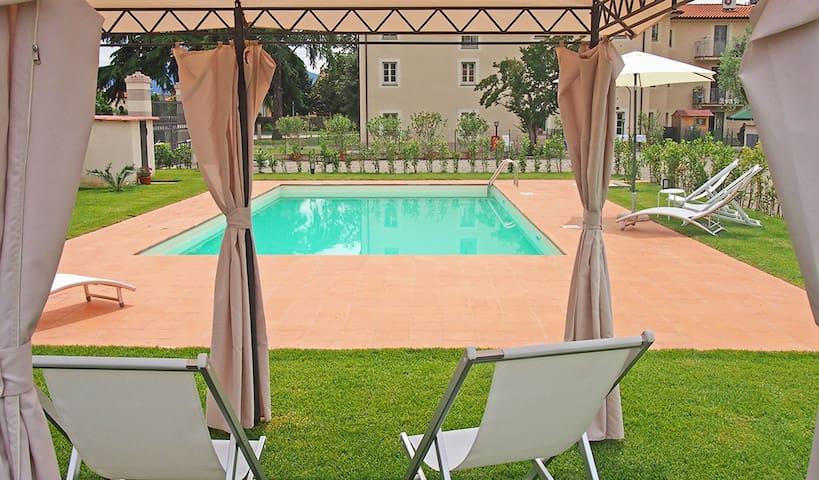 Lucca CorteBerti Piscine 4+1 lits - Lucques - Maison