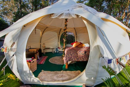Moutain Top Glamping - The Lotus Bell Tent
