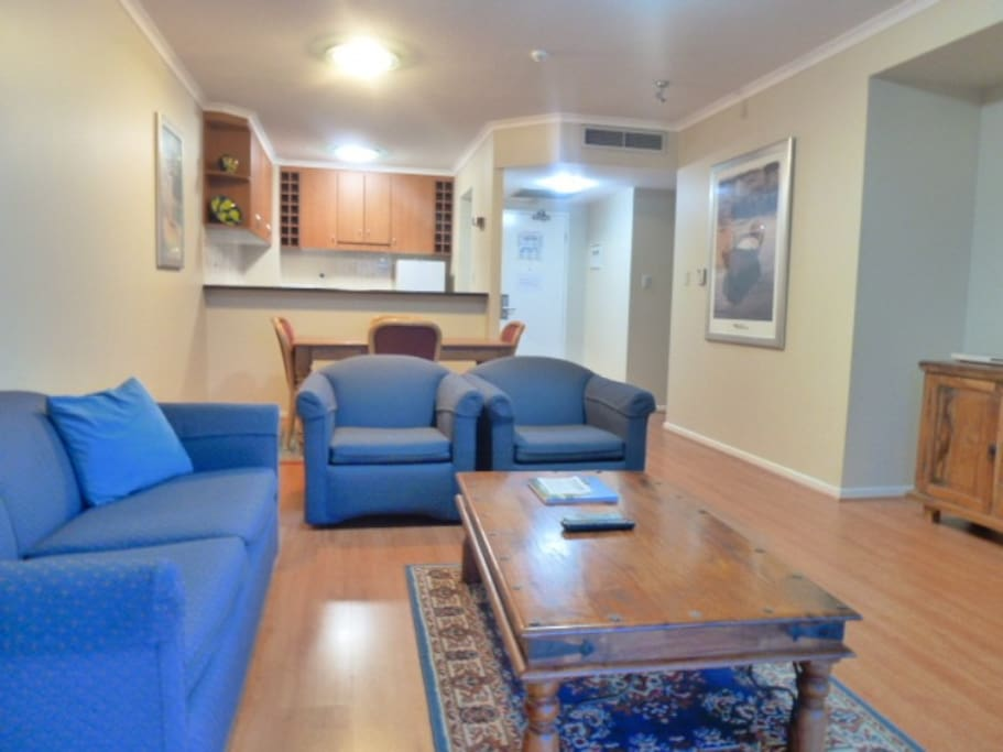Two Bedroom Unit On The River Flats For Rent In Kangaroo Point Queensland Australia