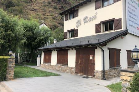 Duplex en Rialp