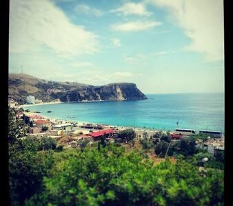 Sea View Studio, 5 min from sea. - Himarë