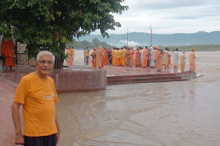 HOMESTAY ON GANGA GHAT AT HARIDWAR - Haridwar - 独立屋