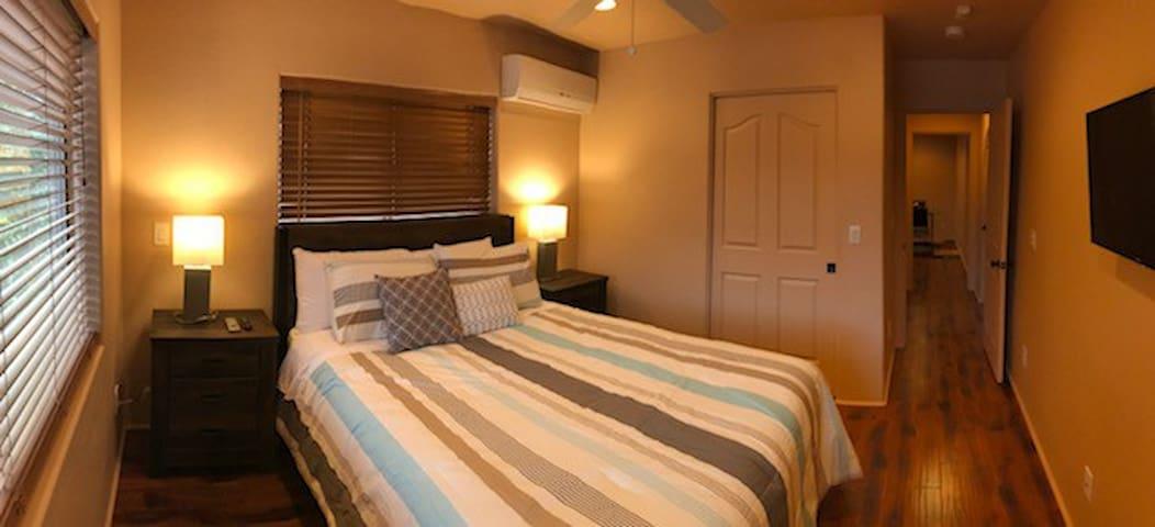 Bedroom - cotton linen - brand new mattress