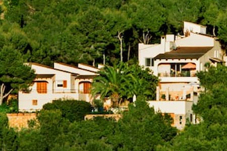 Villa with views to Ibiza - Andratx