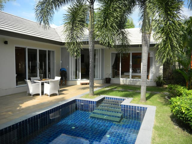 2 bedroom gated Villa with private pool near beach - Ko Samui
