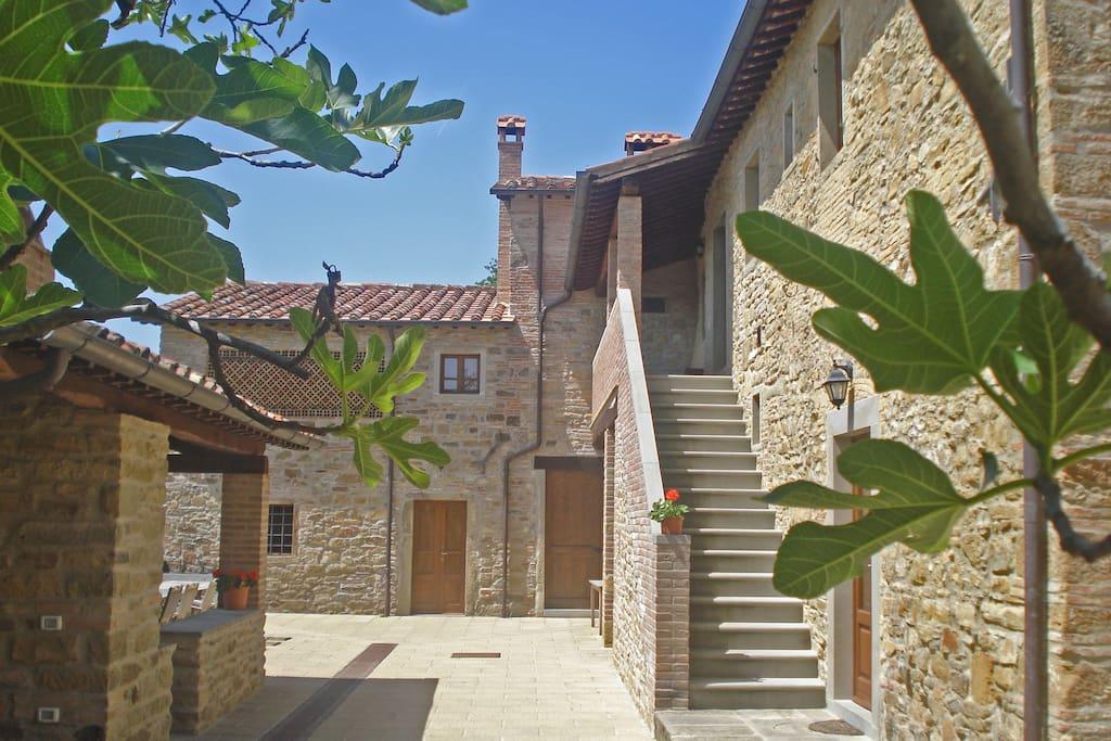 Exterior of the building-Esterno dell'edificio