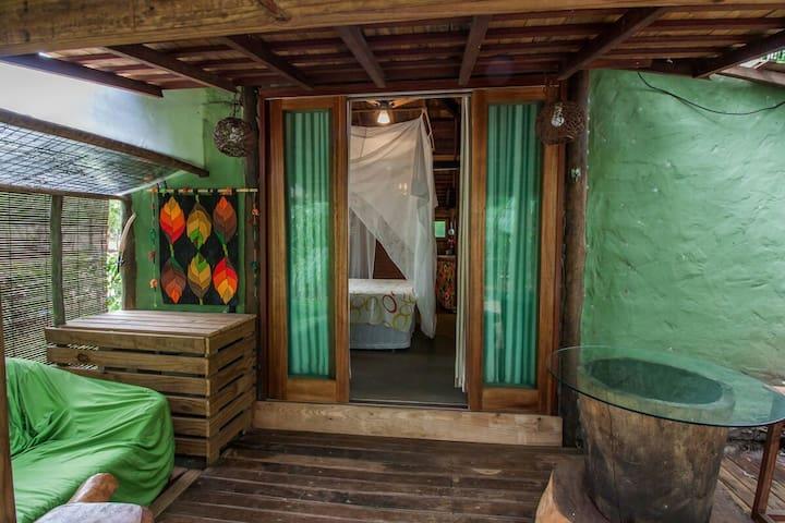 Cabana casal, climatizada, varanda e área gourmet.