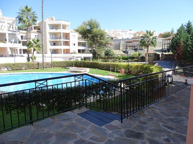 Nice 2 bed apartment in Marbella / Nueva Andalucia