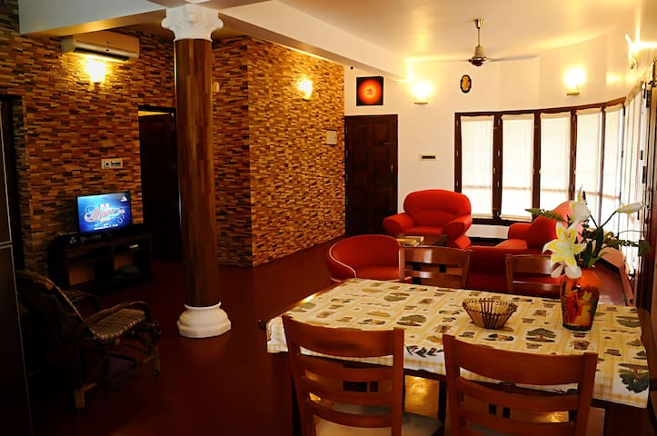 KOVALAM LUXURIOUS BEACH HOUSE CLOSE TO LIGHTHOUSE - kovalam