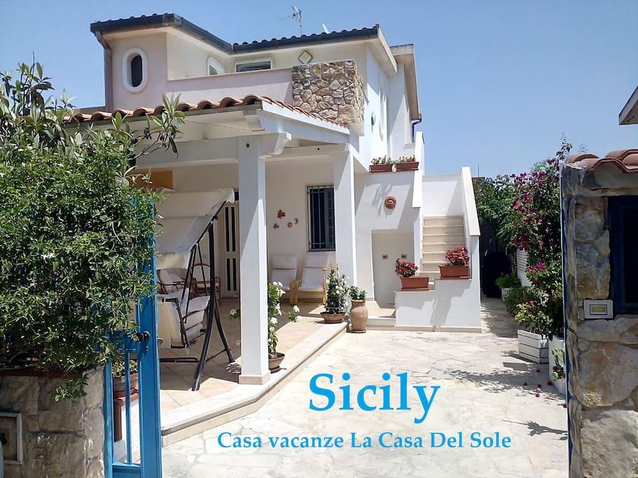 Casa del sole houses for rent in santa maria del focallo - Aria secca in casa ...