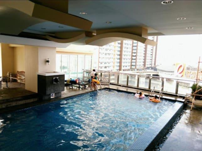 Cristina's apartment and condo rentals manila - Манила - Квартира