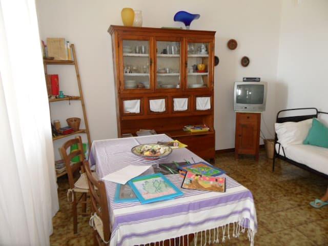Beachfront Home in Sardinia - S'Archittu - Huis