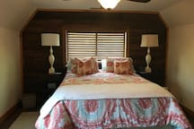 guest bedroom queen bed