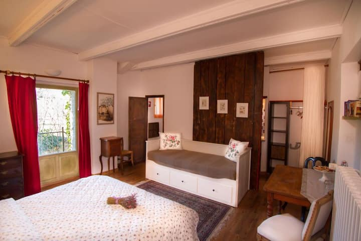 B&B with cozy rooms incl. breakfast