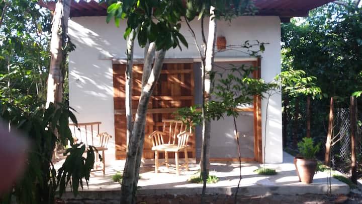 pequeno chalé na Vila de Santo André - Bahia