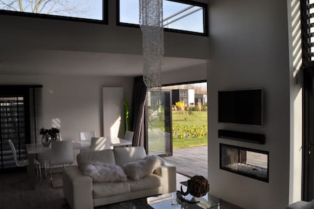 Luxe villa 15 km of Amsterdam+beach - Halfweg - Ház
