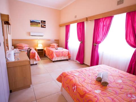 Namaqua Lodge - Family Room