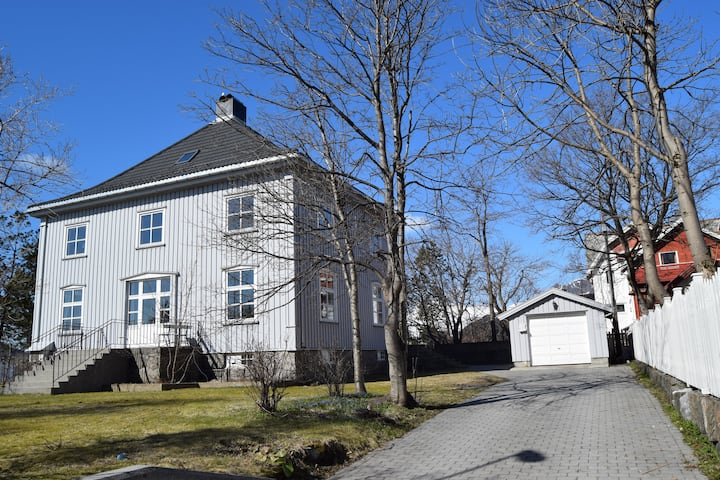 Large Villa in centrum of Svolvær - Lofoten