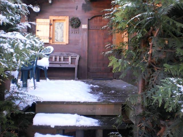 Charmant petit chalet  proche centre - Chamonix-Mont-Blanc - Lomamökki