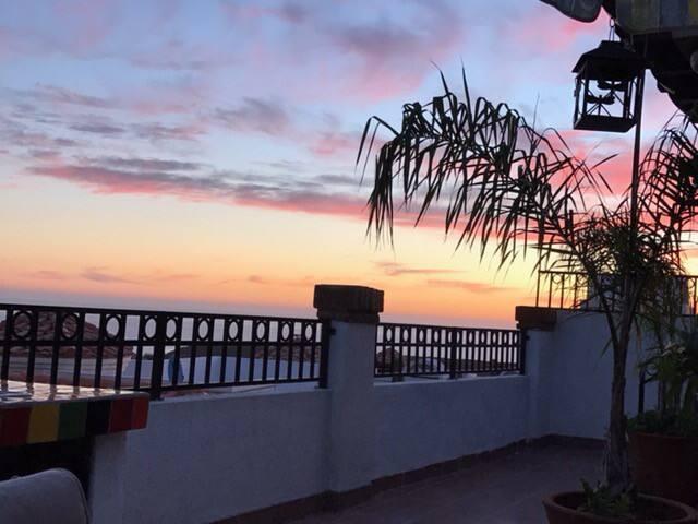 El Descanso playas de Rosarito Oceanview home