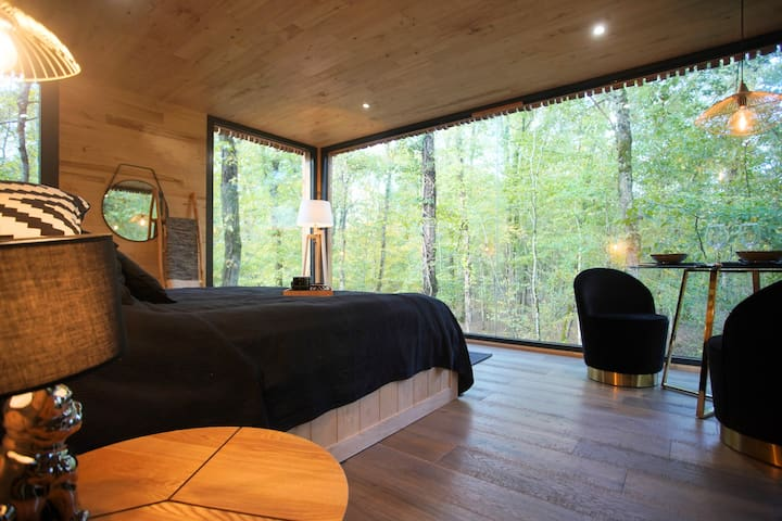 Suite with terrace & private Spa  « Le Paradis »