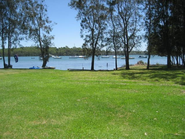 The Wharf Lake Macquarie - Wyee Point - Dům