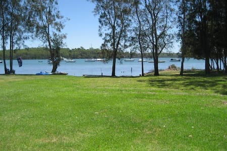 The Wharf Lake Macquarie - Wyee Point - Hus