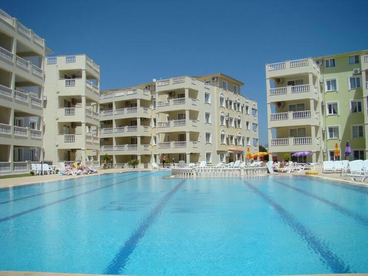 Royal Marina Apartments Lüks Dublex Daire