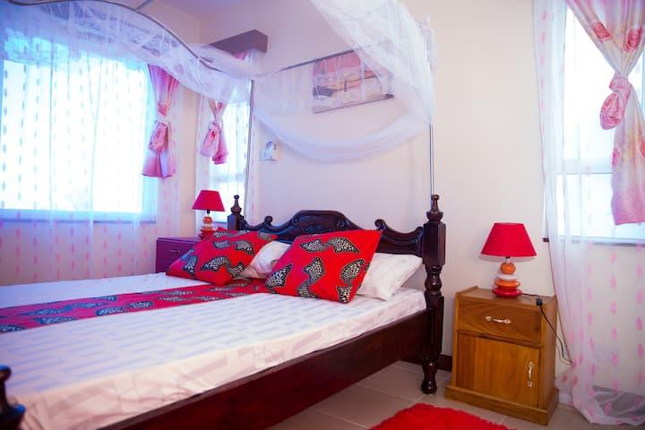 Safiri Kenya Home- Entire Apartment