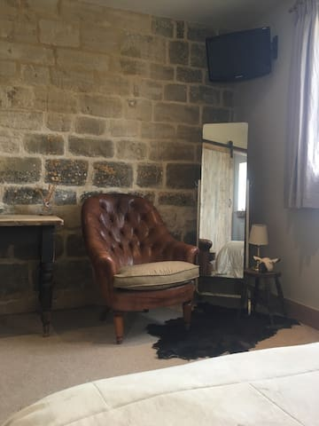 Lodge on the Beacon. Stunning views - Painswick - Hus