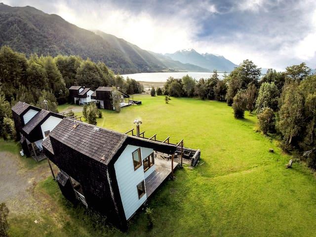 Cabañas en el Lago Yelcho