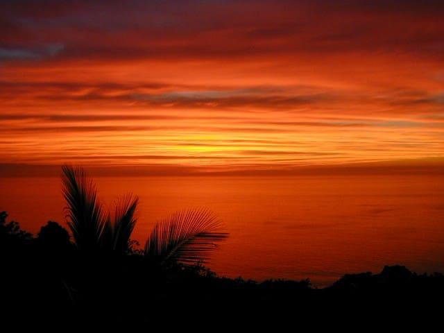 Kona Sunset Paradise Homebase
