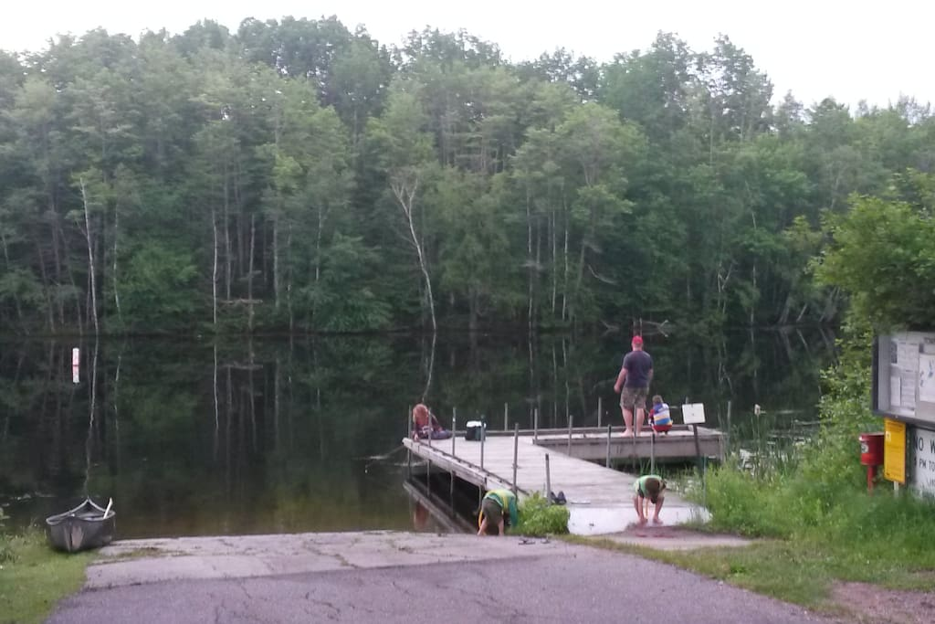 Get away from it all... and launch your boat from the public landing. 1/2 mile south of cabin