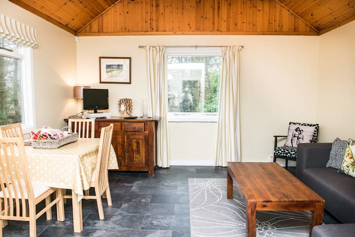 Creity Hall Chalet - Self Catering - Stirling - Chalet