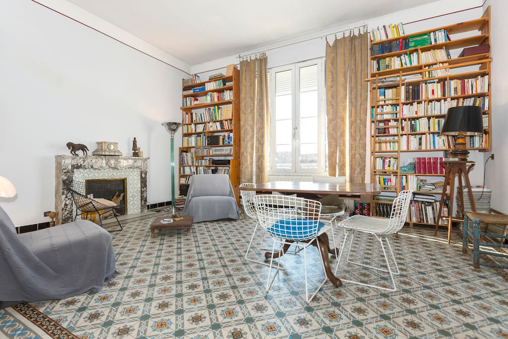 bel appt de charme avignon provence appartements louer. Black Bedroom Furniture Sets. Home Design Ideas