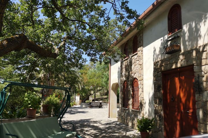 Charming Villa in Polizzi Generosa with Swimming Pool