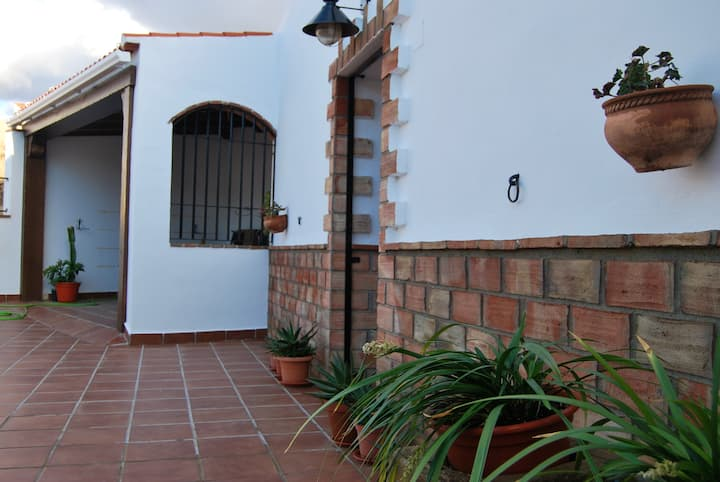 House with 4 bedrooms in Guadix, with WiFi