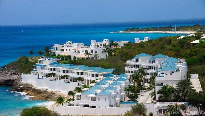 Aerial view of the Shore Pointe villa community
