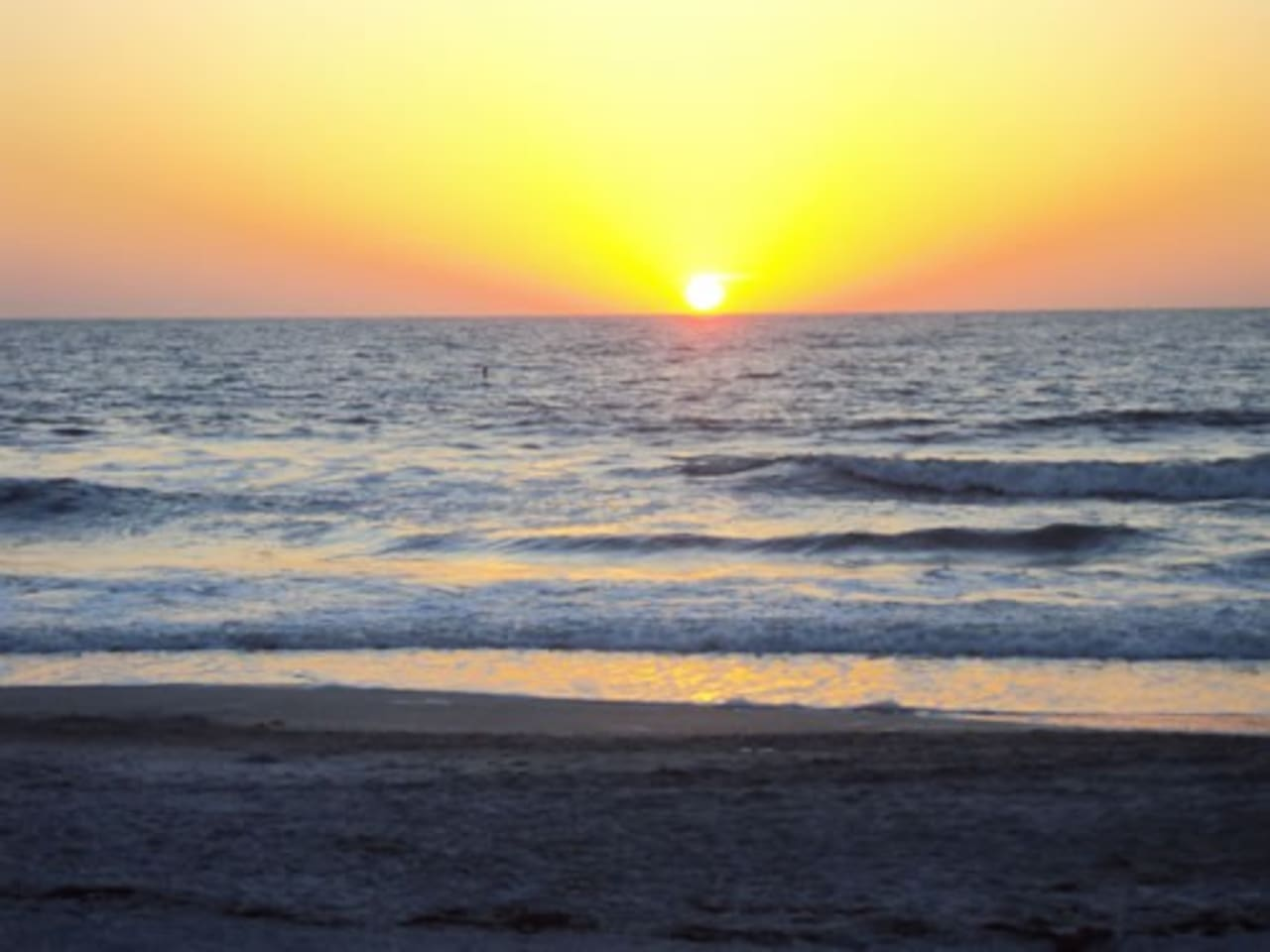 Florida beaches are a short drive away, amazing sunsets and famous fishing and tourist destinations.