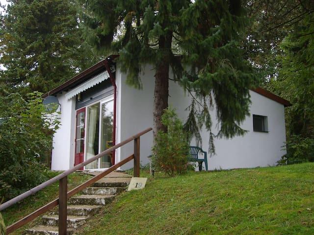 Sauerland, halfvrijstaande bungalow