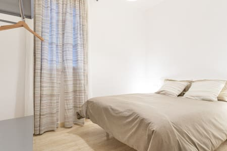 Great location downtown bcn - Barcellona - Bed & Breakfast