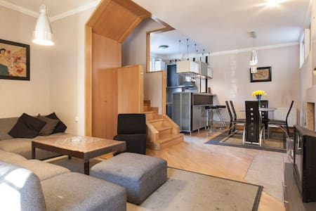 Cozy and Modern Home  - 第比利斯 - 独立屋