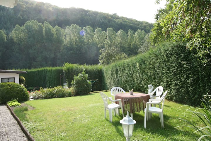 Ferienwohnung am Kosmosradweg - Niederstadtfeld - Appartement