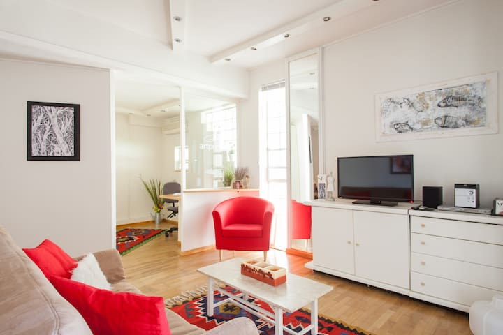 A quiet apartment in a garden  - Kifisia - Appartement