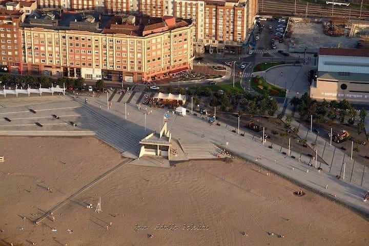 90mt. 3hab. Cerca playa Poniente