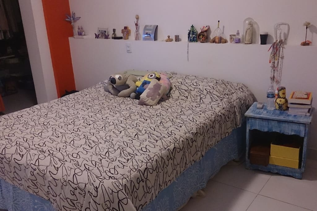 master bedroom suite - very large room with a great bathroom. Can alocate more them 2 people with Air condicioning