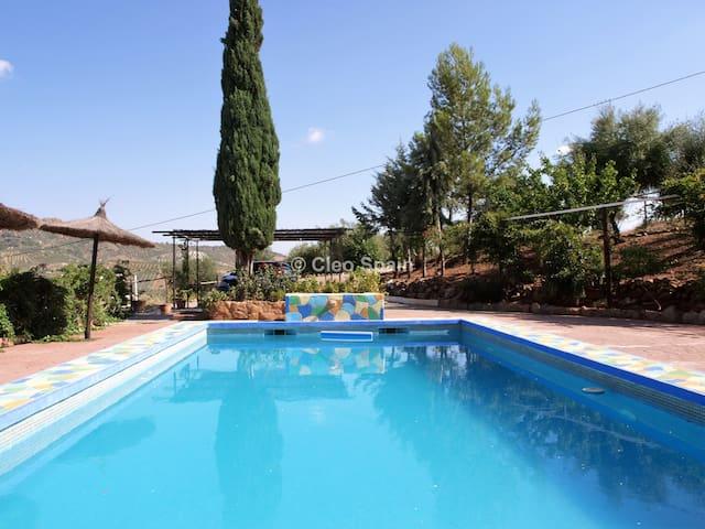 La Molineta : a 20 km de Marbella